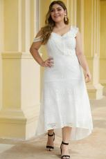 Desain Bahu Asimetris Ruffle Putih Plus Size Lace Dress