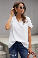 Tricou alb cu mânecă scurtă în gât V