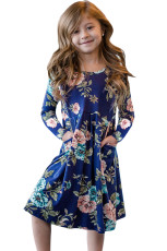Blomster Blå Swing Dress med skjulte lommer