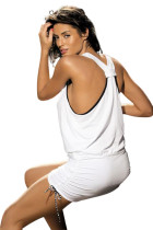 Белое пляжное платье контрастного цвета с трусиками