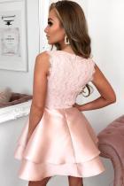 الوردي سكالوب الخامس الرقبة طبقة مزدوجة المتزلج البسيطة اللباس