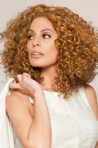 Golden African American Brunette Woman Parykk