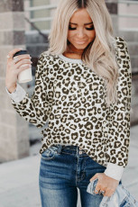 Top de manga larga con estampado de leopardo