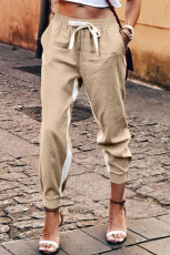 Pantaloni kaki con coulisse a righe casual