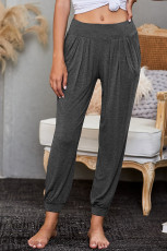 Серые стильные брюки для отдыха