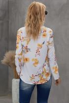 Летняя блузка с V-образным вырезом и цветочным принтом