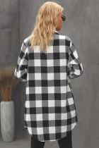 Černý kostkovaný plášť s límečkem