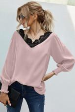 Розовая блузка с V-образным вырезом в стиле пэчворк
