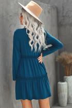 فستان قصير سادة بأكمام طويلة مكشكش أزرق اللون