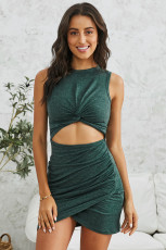 Rochie verde bodycon decupaj frontal twist nod
