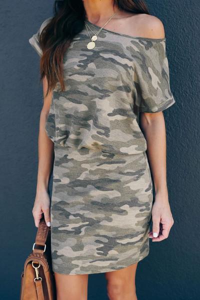 En skulder kort ermet Camo Mini kjole