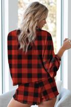 Rød rutete strikket pyjamasett