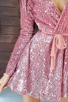 Gaun Malam Lengan Panjang Pink Sequin Deep V dengan Ikat Pinggang