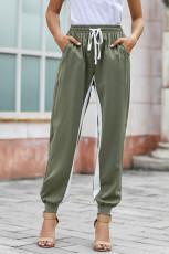 Zelené ležérní pruhované kalhoty se stahovací šňůrkou