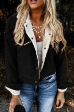 Черная флисовая вельветовая куртка с карманами на кнопках