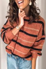 Pruhovaný svetr s volným střihem
