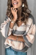 Sweater Pullover Lengan Lentera Rajutan Leher V Abu-abu