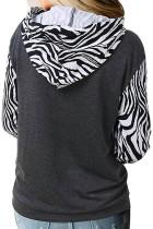 Худи в стиле пэчворк с принтом зебры и карманом-кенгуру