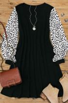 Мини-платье с леопардовым принтом и эластичными манжетами
