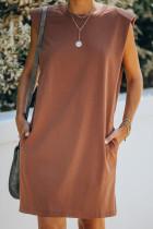 Mini rochie de buzunar din bumbac, fără mâneci, cu umăr căptușit maro