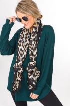 Hvitt skjerf i leopardbomull