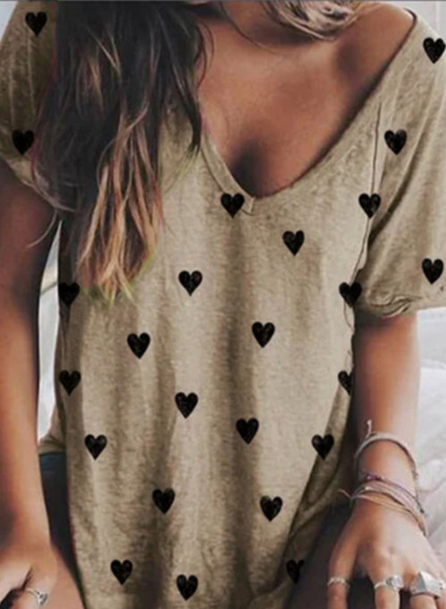 Women's T-shirts Heart-shaped Holiday Short Sleeve V Neck T-shirt