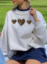 Women's Sweatshirts Round Neck Long Sleeve Solid Leopard Heart-shaped Daily Casual Sweatshirts
